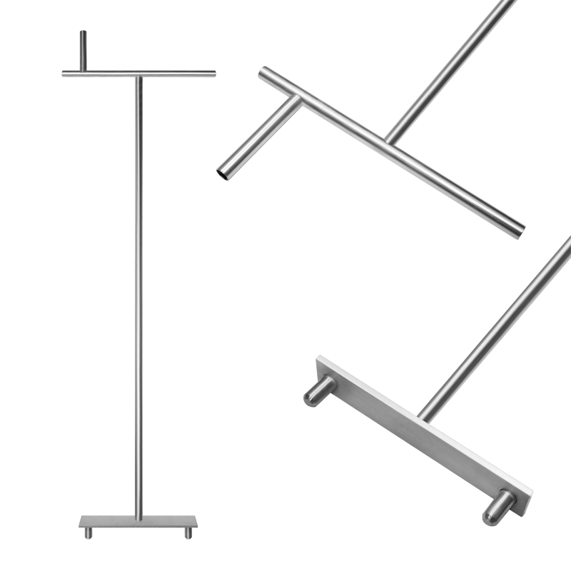 Floating pontoon tool for connecting pin
